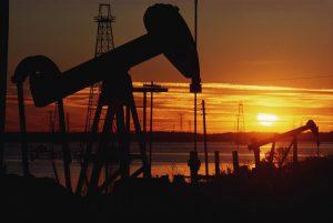 ABŞ-da qazılan quyular artır, neft ucuzlaşır