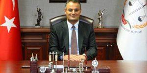 Türkiyə baş nazirinin müşaviri FETÖ ittihamı ilə saxlanılıb