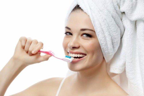 Diş fırçalarının qorxunc ziyanı açıqlandı – ALİM RƏYİ