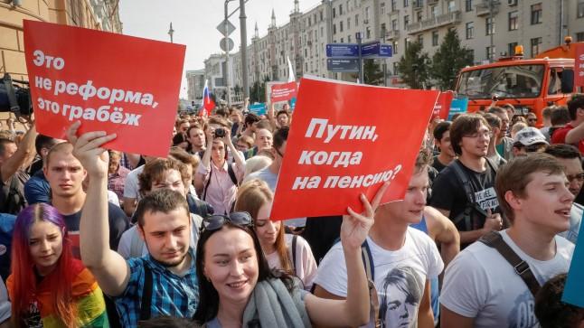 Rusiyada etiraz aksiyaları – VİDEO+FOTOLAR